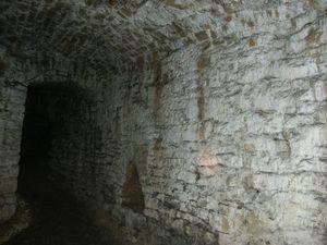 Couloir de la barbacane [1], château de Sedan