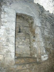 Porte avec linteau décoré, château de Sedan